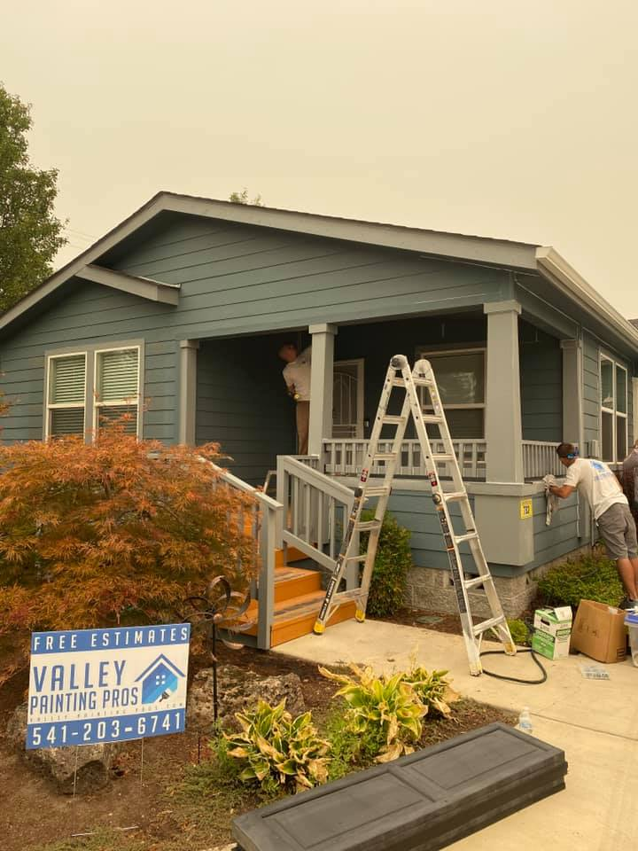 https://valleypaintingpros.com/wp-content/uploads/2020/10/lease-office-grants-pass.jpg